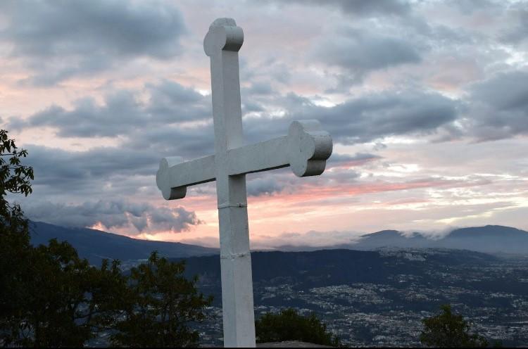 Exaltación de la Santa Cruz Rafaela Müler Ecuador