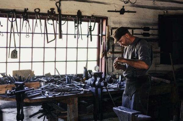 carpintero y su taller
